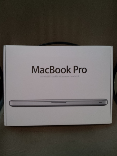 MacBook Pro 2012 in box